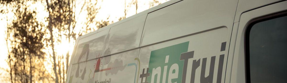 Smogobus wjeżdża na ulice Katowic w ramach akcji #nieTruj