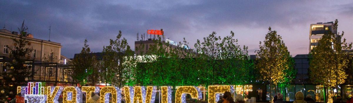 Magia świąt w czasach koronawirusa – Katowice przygotowują się do świąt w czasach pandemii